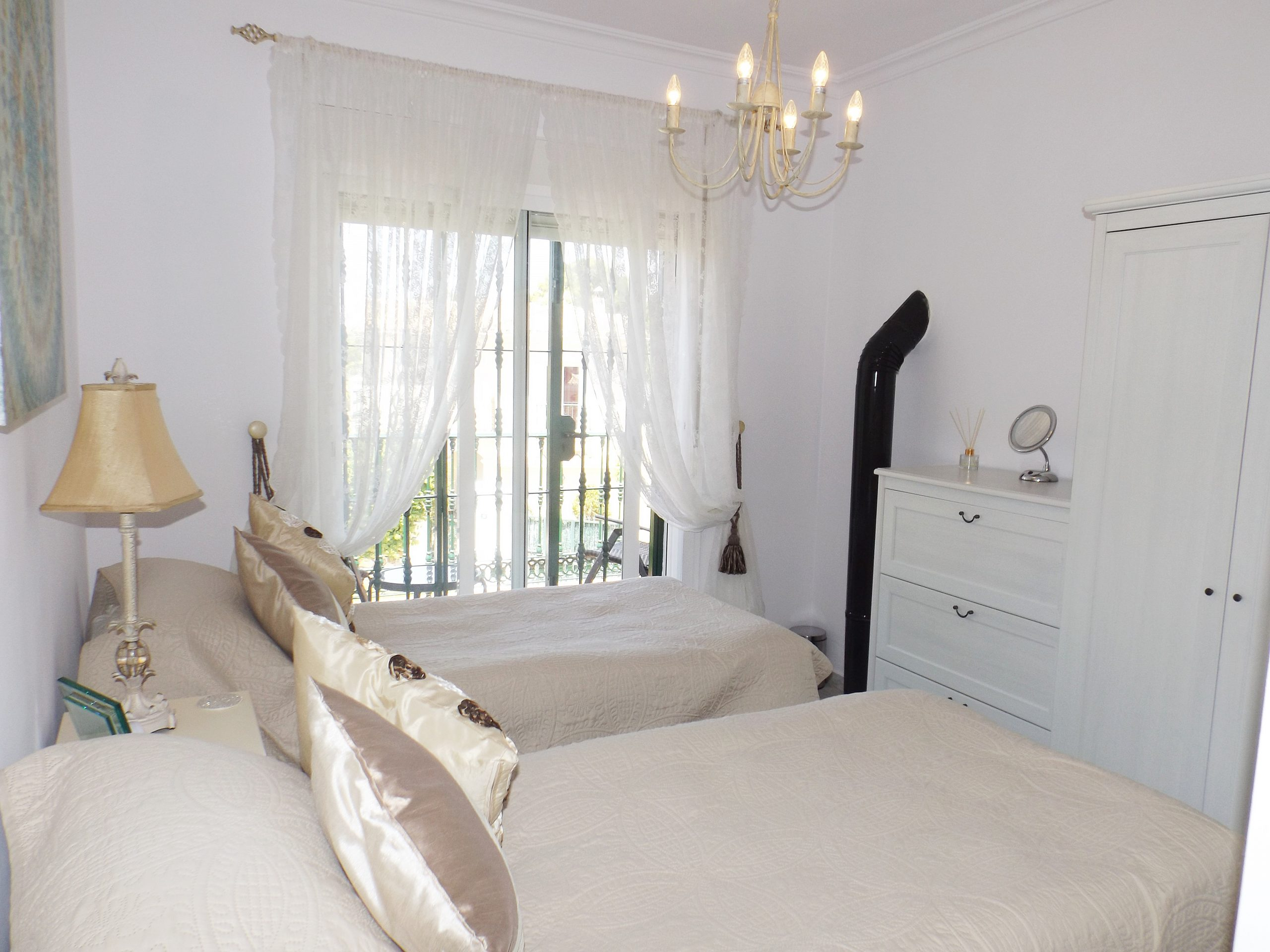 Renovated & Stylish Corner Townhouse in Alhaurin Golf