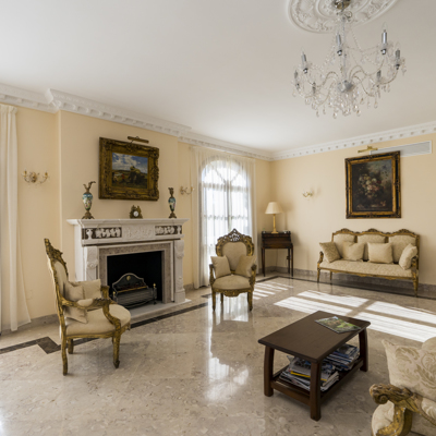 Stunning Detached Villa – New Golden Mile