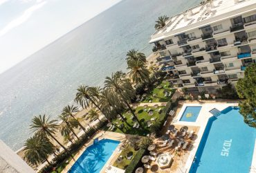 Investment apartment on the beachfront in Marbella center